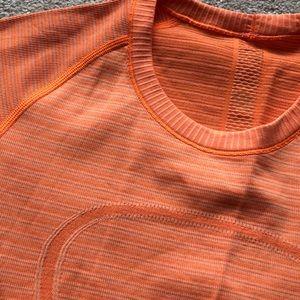 lululemon athletica Tops - Lululemon Swiftly Tech short sleeve